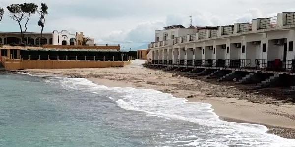 Nello Musumeci allenta il lockdown. Dalle 24 di sabato 18 Aprile, jogging, allestimento dei lidi balneari e domicili nei festivi.